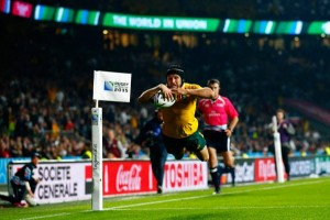 Giteau scores the final try